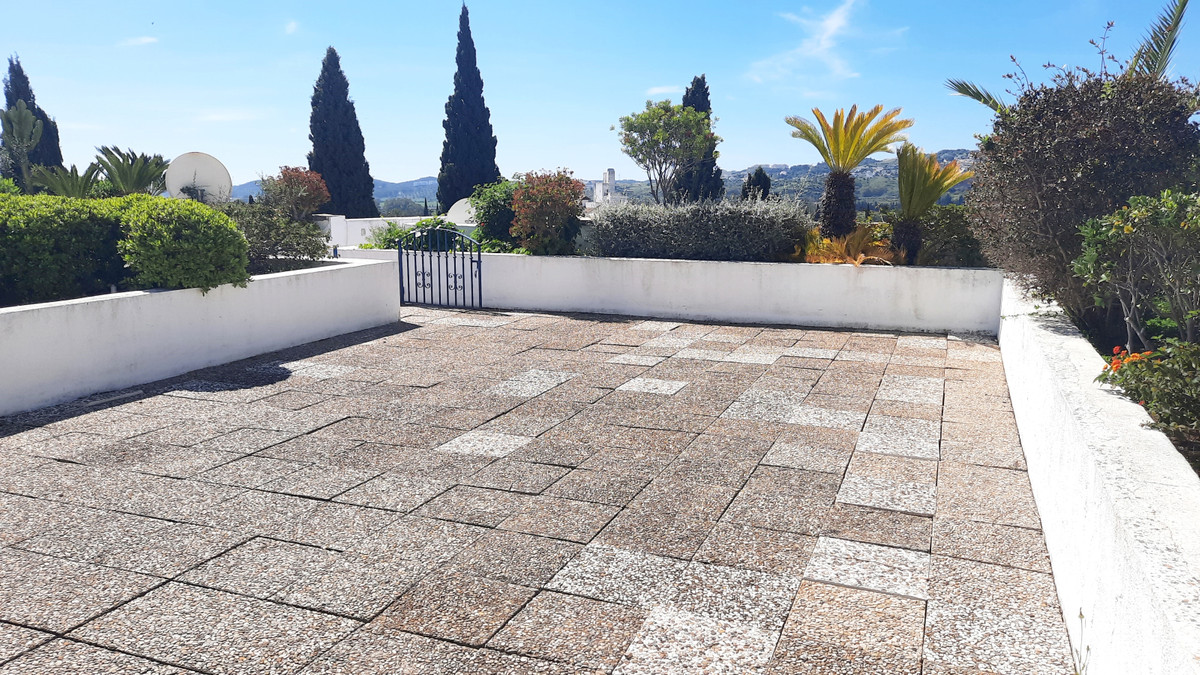 Large and bright apartment in Mijas Golf with 2 terraces, 1 enclosed with morning sun of 11m2 and ot,Spain