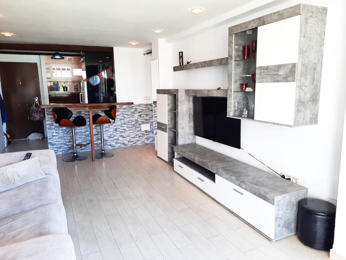 Middle Floor Apartment, Benalmadena, Costa del Sol. 2 Bedrooms, 1 Bathroom, Built 70 m², Terrace 8 m,Spain