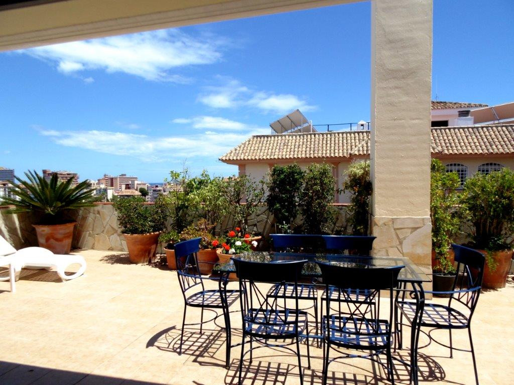 Penthouse, Fuengirola, Costa del Sol. 2 Bedrooms, 2 Bathrooms, Built 95 m², Terrace 35 m².  Setting ,Spain