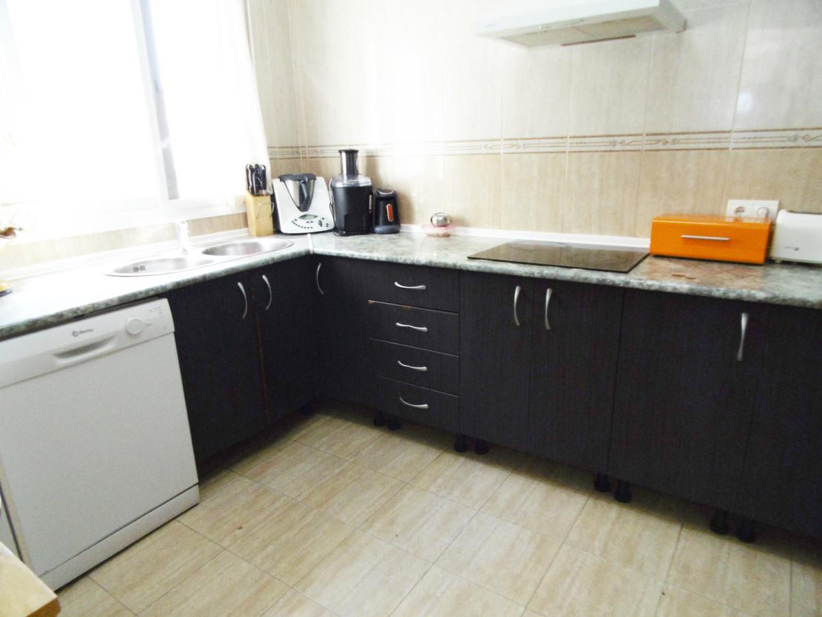 Villa con 6 Dormitorios en Venta Fuengirola