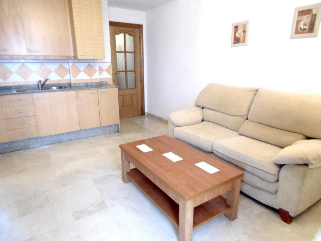 LOCATION LOCATION LOCATION! Second line beach apartment for sale in Fuengirola, close to the centre ,Spain