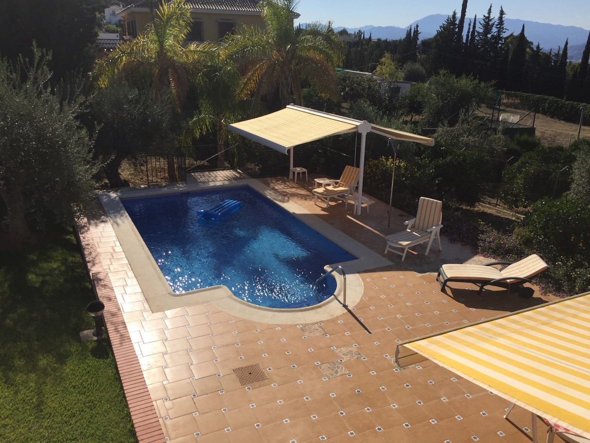 Amazing villa very well cared between Alhaurin de la Torre and Alhaurin el Grande, in a very quiet p,Spain