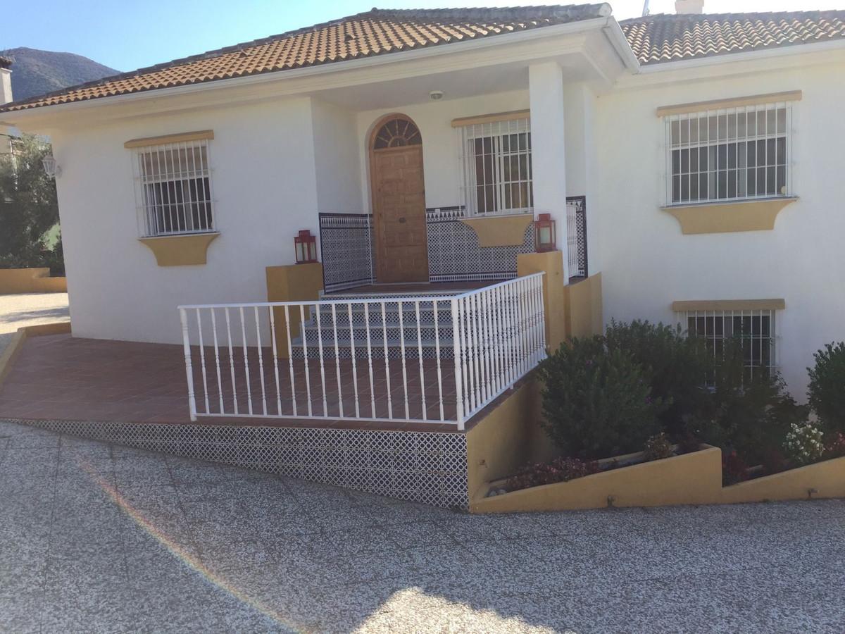 House en Alhaurín el Grande R3118663 3