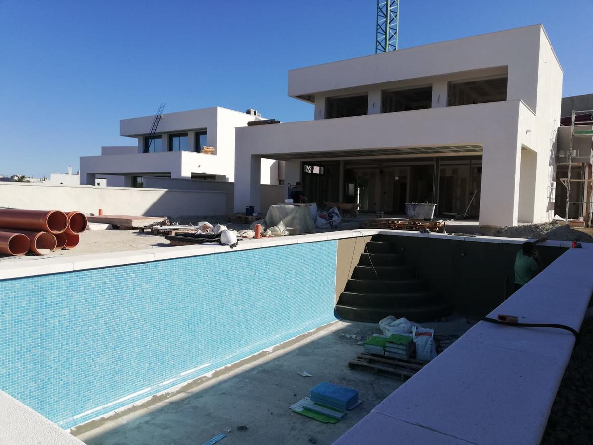 House in Manilva R3643841 27
