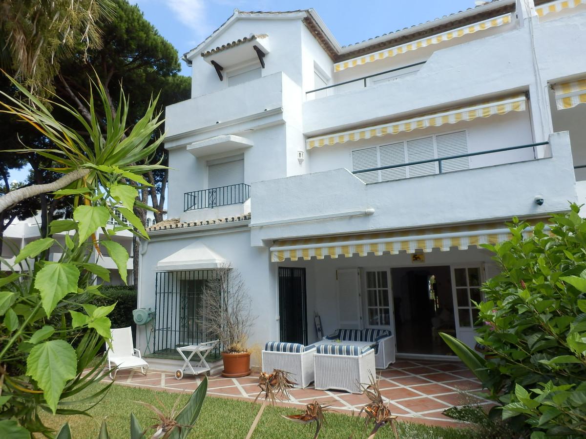 Ref:R3510472 Apartment - Ground Floor For Sale in El Presidente