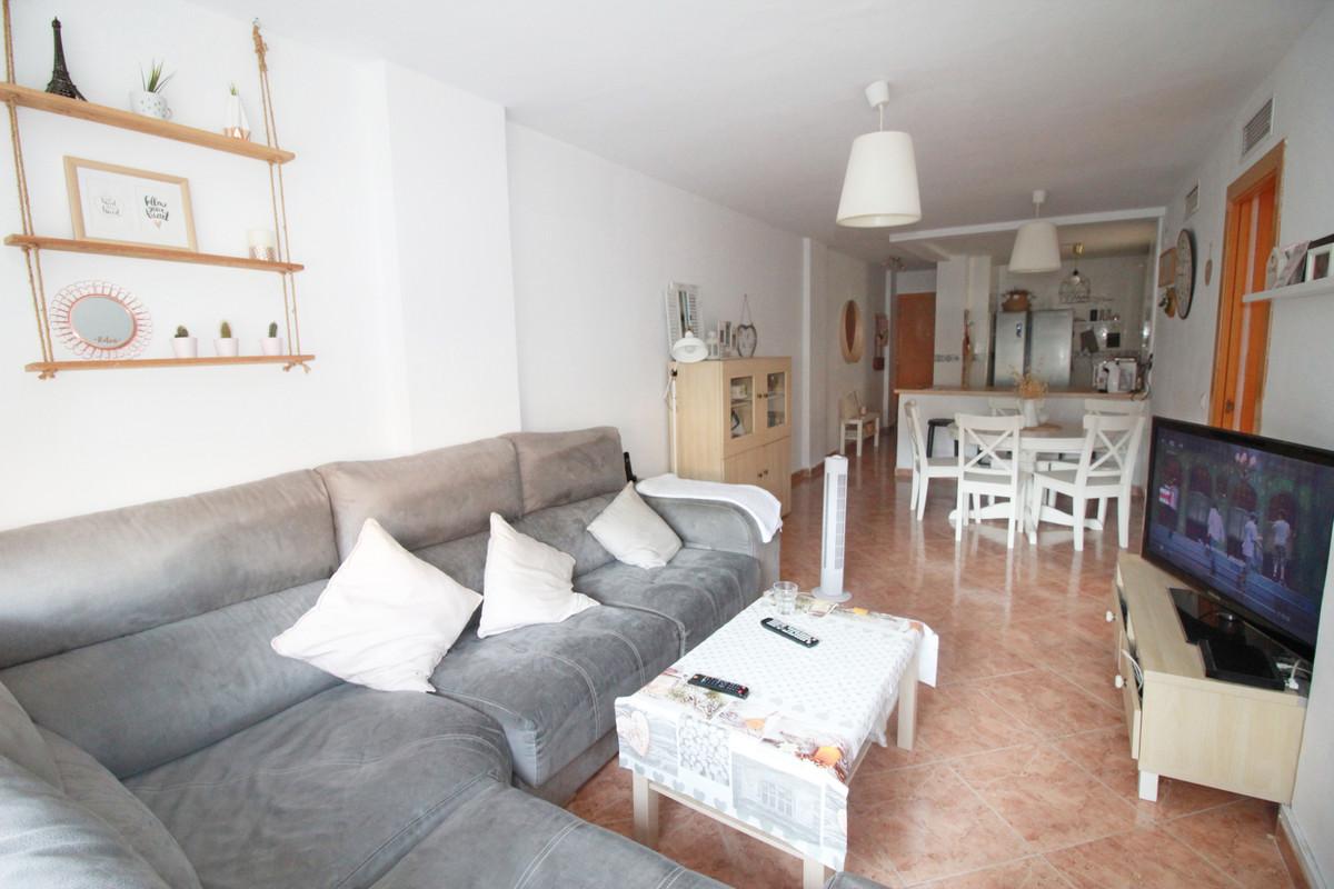 Apartamento Planta Media a la venta en Málaga