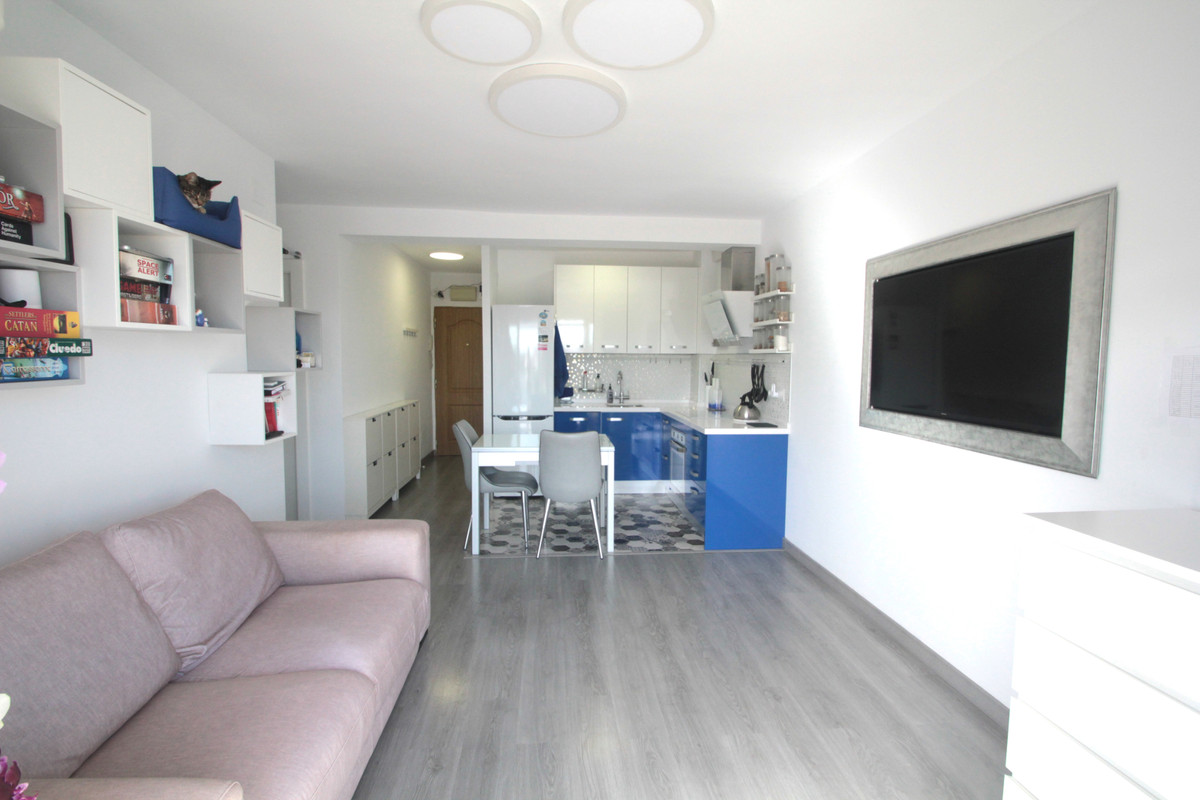 2 Dormitorio Apartamento en venta La Carihuela