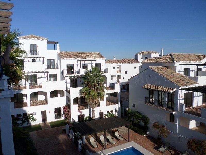 Apartamento 4 Dormitorios en Venta Los Monteros