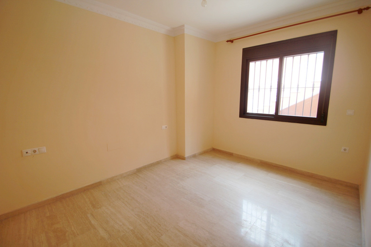Villa con 5 Dormitorios en Venta Benalmadena Costa