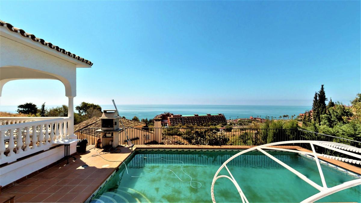 Fritliggende Villa i La Capellania R3427246