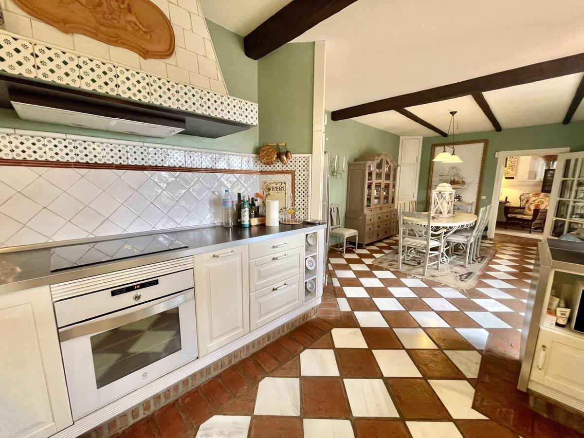 House in Benahavís R3518209 20