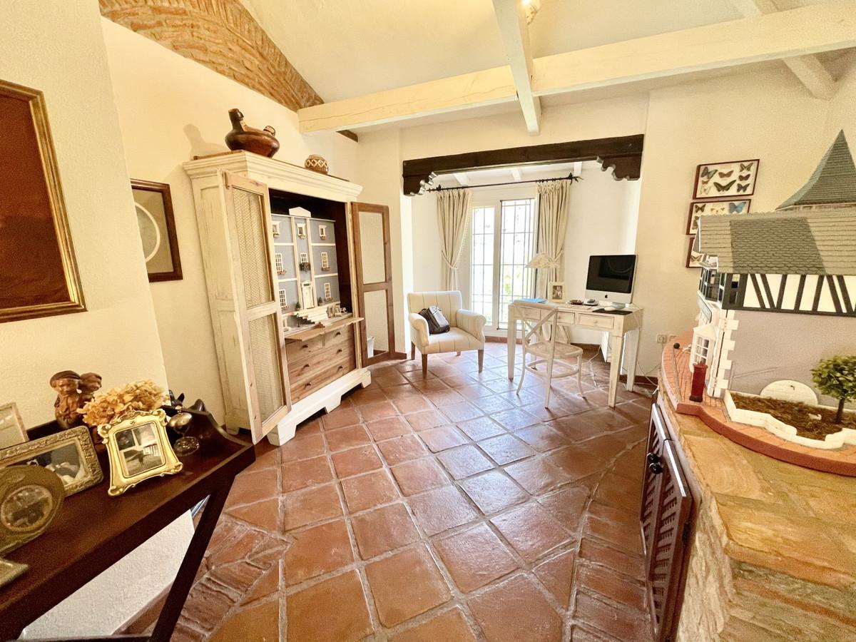 House in Benahavís R3518209 36