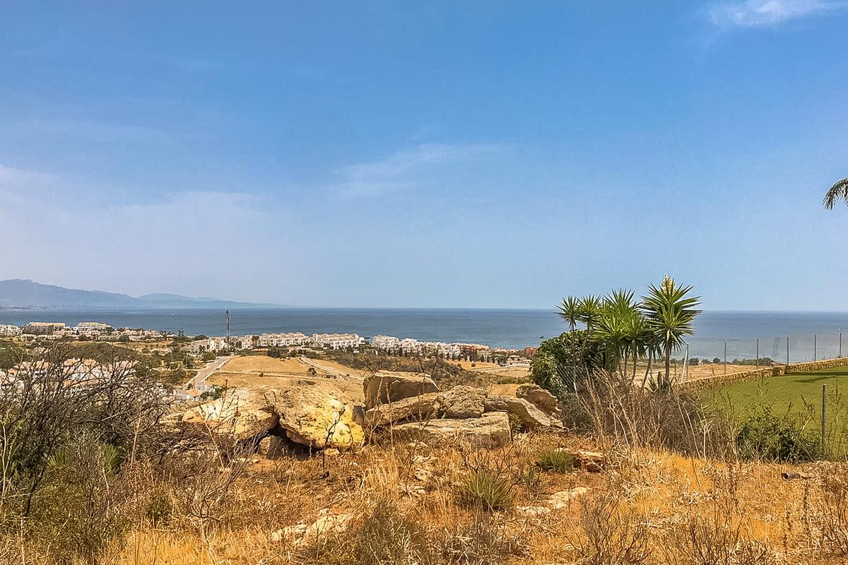 Terreno Residencial en La Duquesa, Costa del Sol