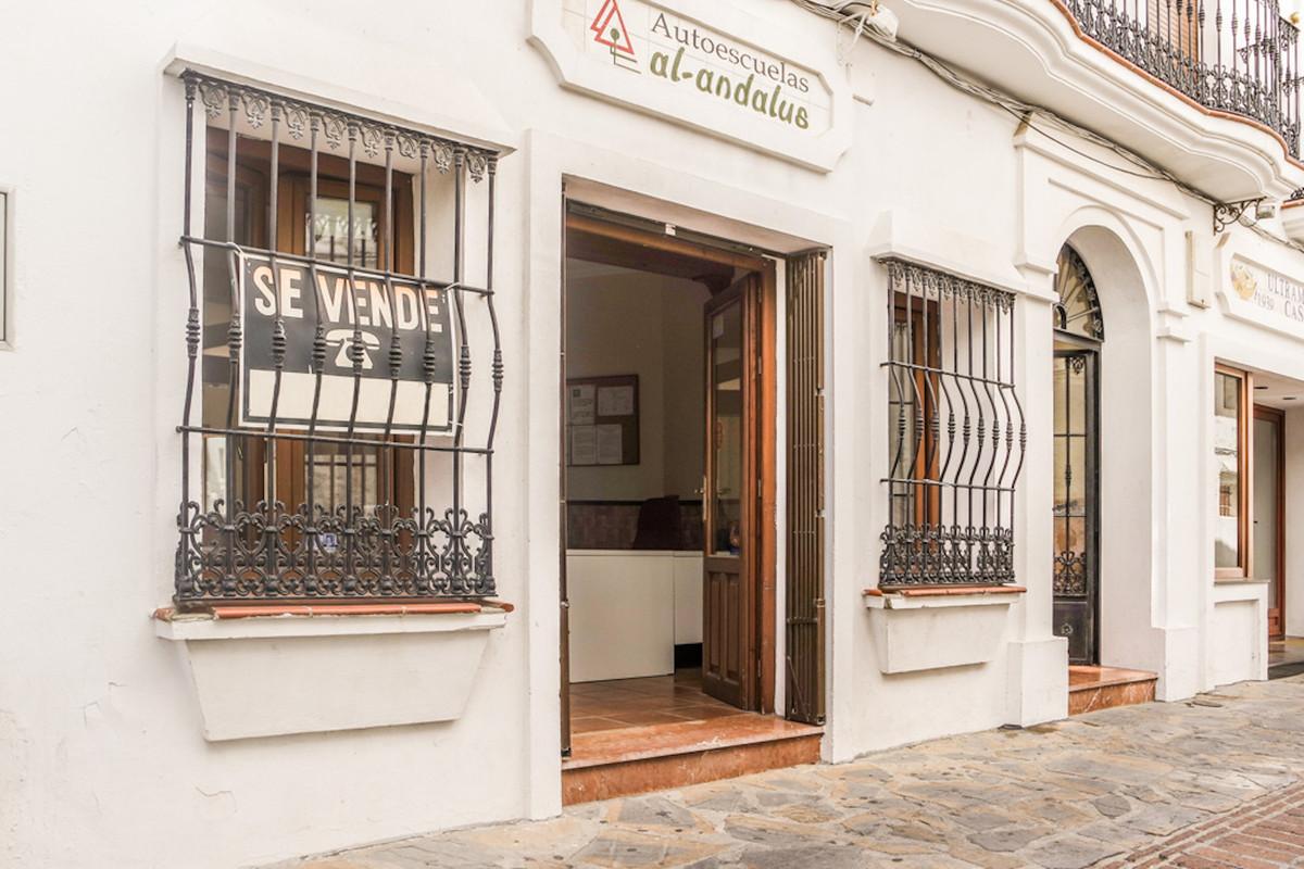 Maison Jumelée, Mitoyenne  en vente    à Casares