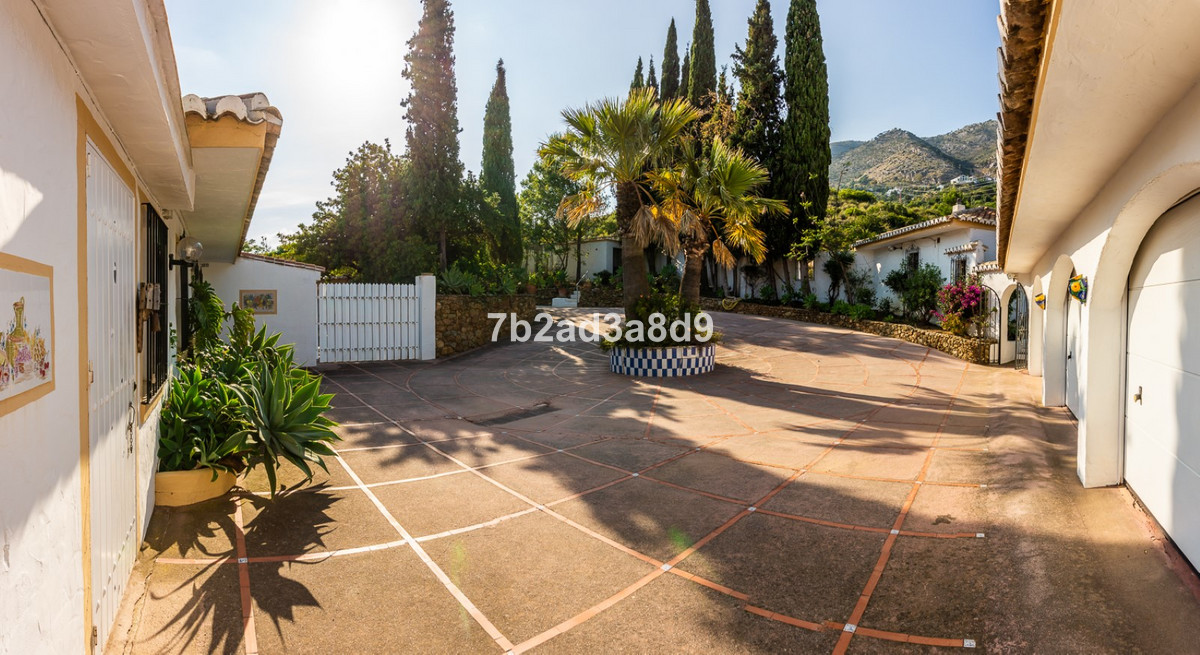 Villa Detached Mijas Málaga Costa del Sol R3655682 10