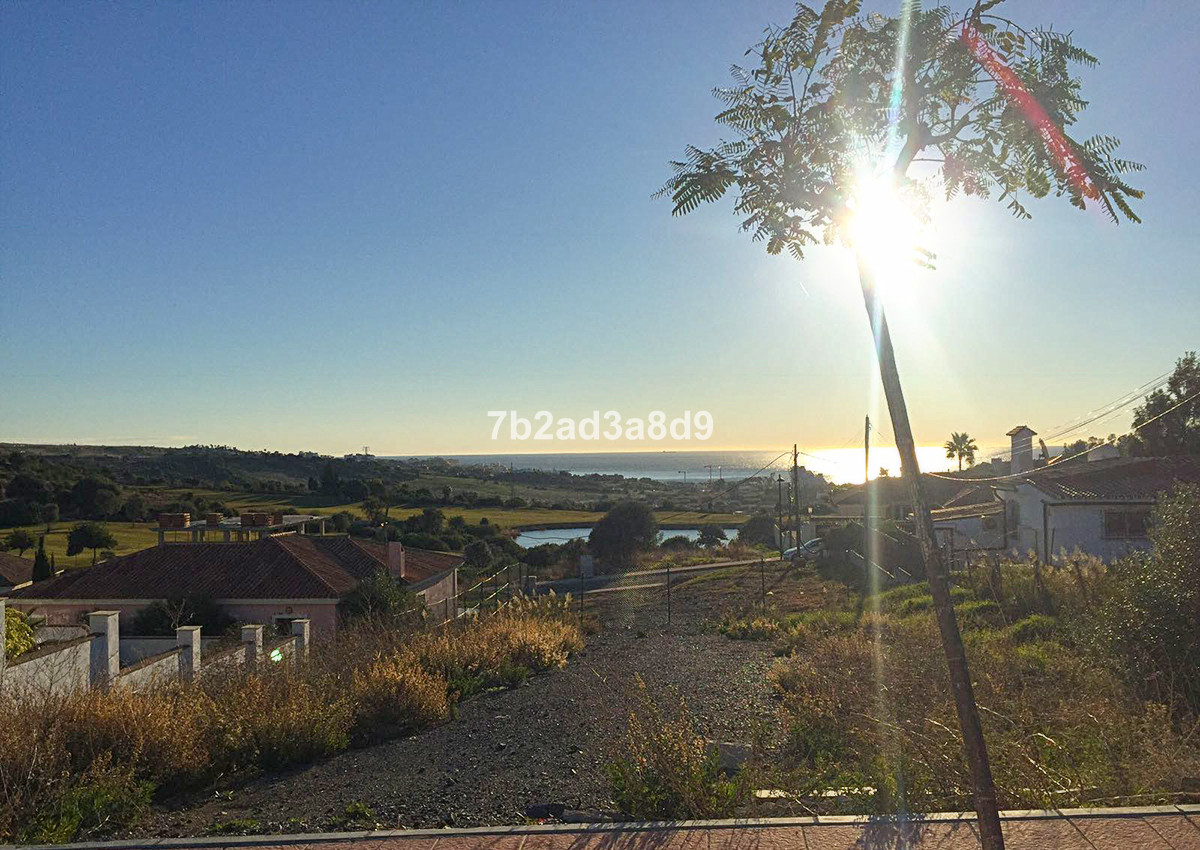 Off-plan modern villa with private plot and swimming pool, located in the prestigious Estepona area,,Spain