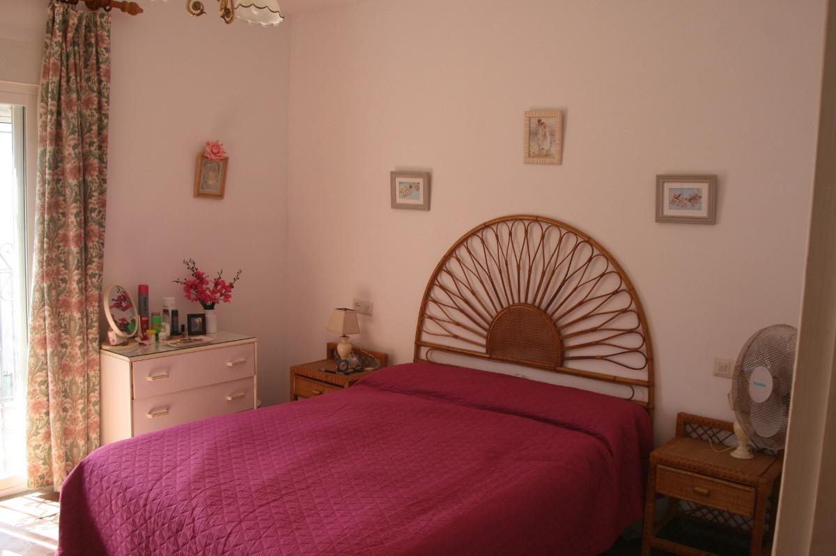 Unifamiliar con 2 Dormitorios en Venta Benamara