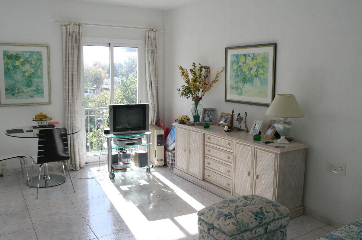Studio for sale in El Paraiso, Costa del Sol