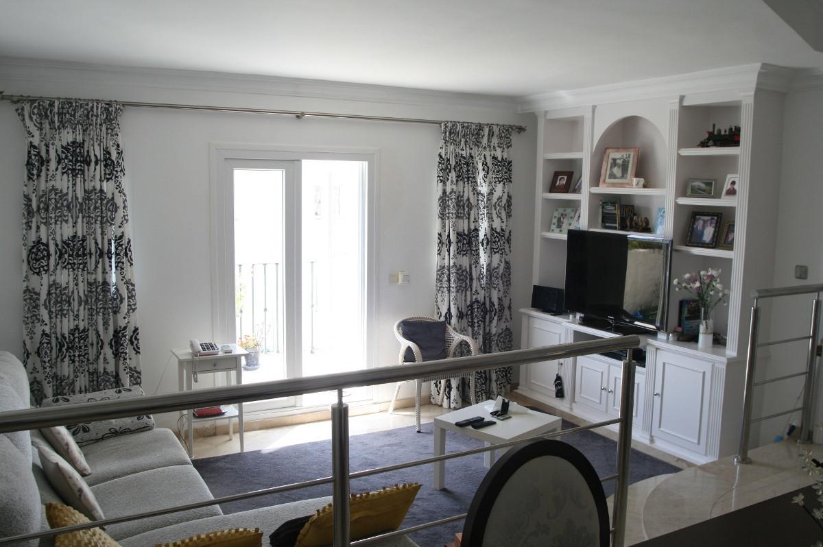 2 Bedroom, 2 Bathroom TOP FLOOR APARTMENT in LAS PALMERAS DE BENA VISTA, Close to Restaurants, Bowls,Spain