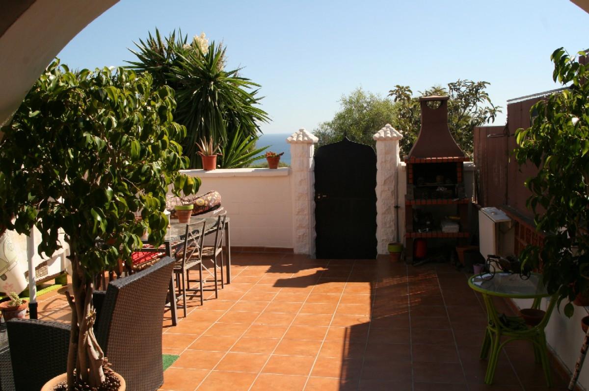 Nice 2 Bedroom, 1 Bathroom TOWNHOUSE with Spectacular Sea Views in PRINCESA KRISTINA - MANILVA, Clos,Spain