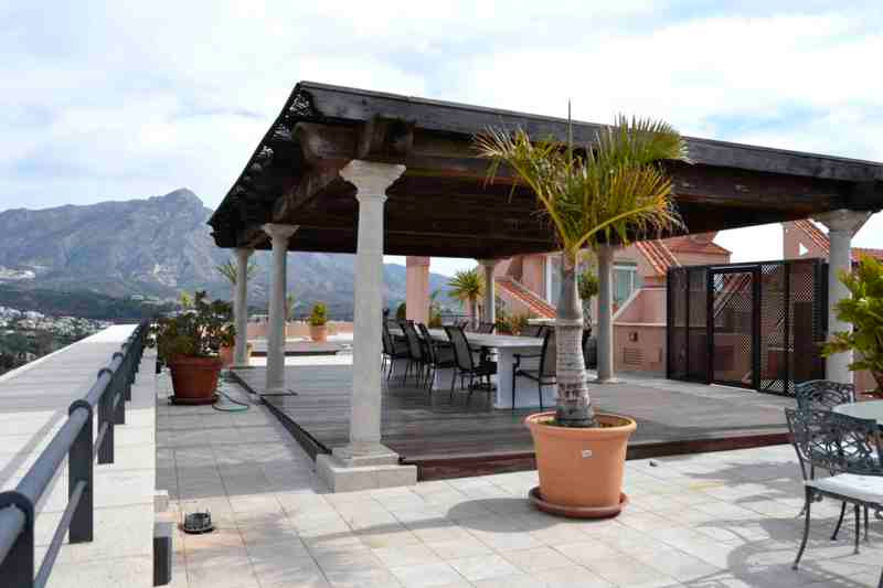 Penthouse in Nueva Andalucía R2313647