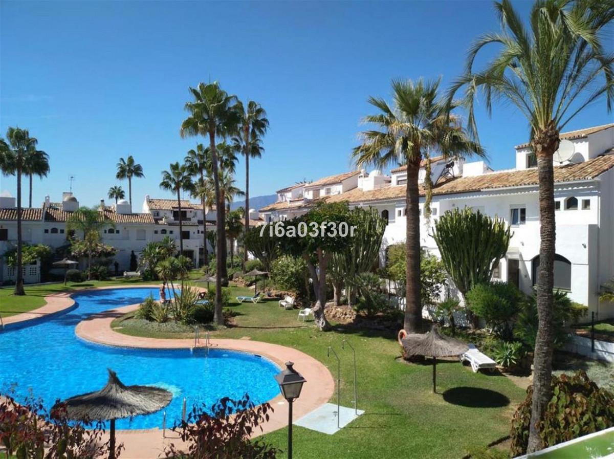 Townhouse, Guadalmina Baja, Costa del Sol. 3 Bedrooms, 3 Bathrooms, Built 167 m², Terrace 18 m².  Be,Spain