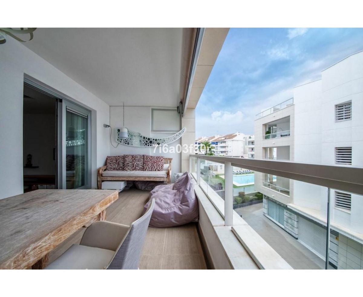Apartment Middle Floor in San Pedro de Alcántara, Costa del Sol