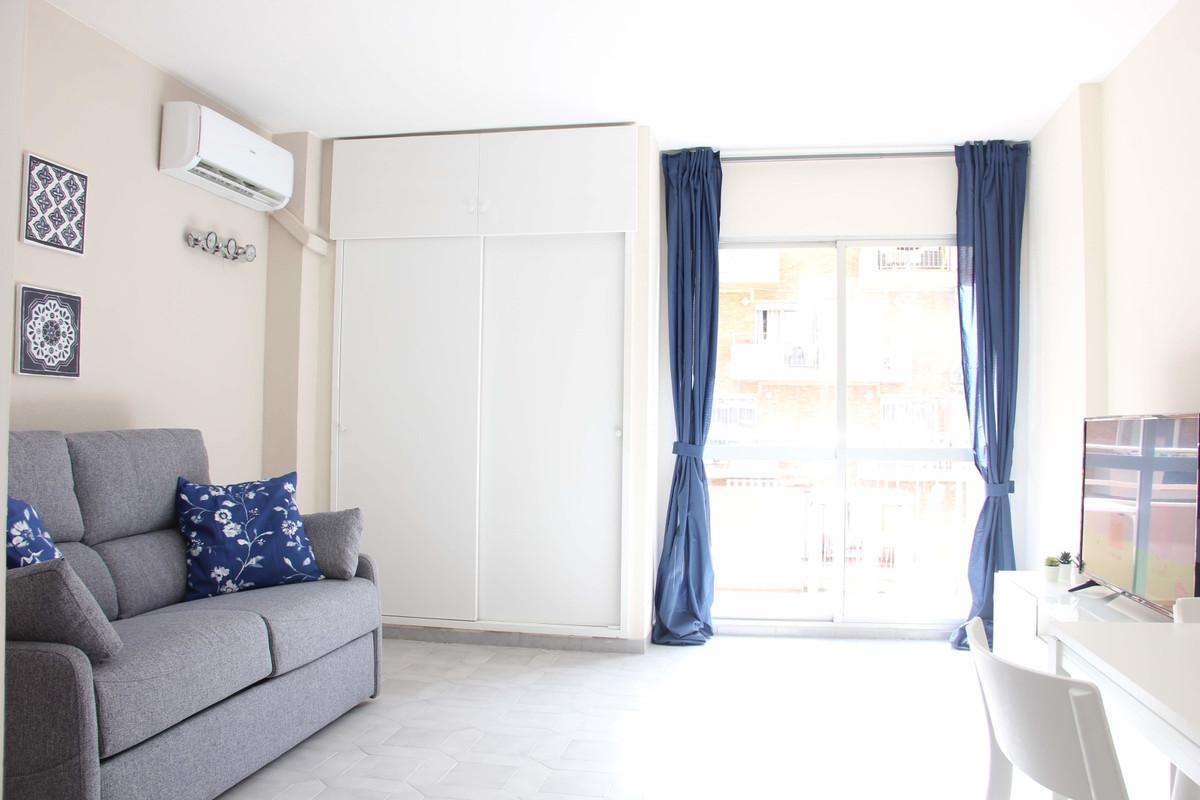 Apartment  Middle Floor for rent  in Benalmadena