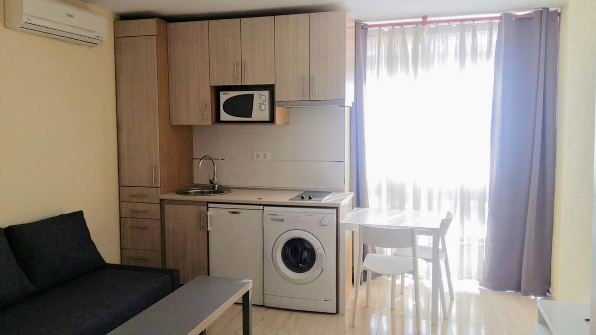 Apartamento  Planta Media en alquiler  en Benalmadena