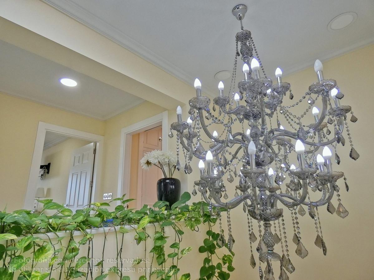 Villa Til salg i Nueva Andalucía R3710684