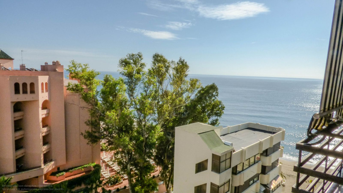 Bright studio with terrace in the center of Marbella and Paseo Maritimo, with spectacular sea views,,Spain