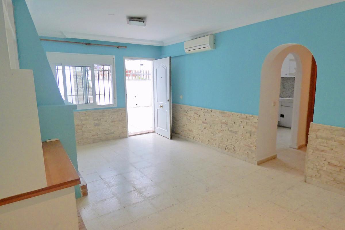 Townhouse, Estepona, Costa del Sol. 2 Bedrooms, 1 Bathroom, Built 81 m², Terrace 48 m².  Setting : C,Spain