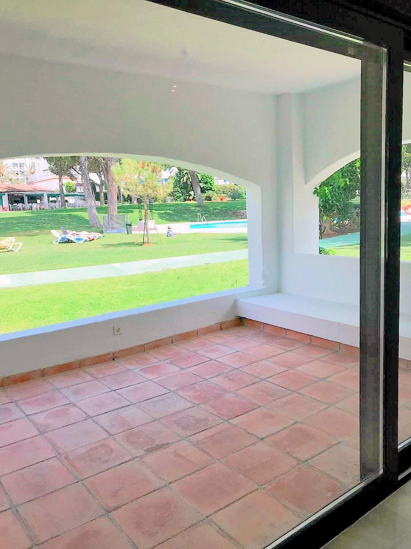 Ground Floor Apartment in Marbella R3165502