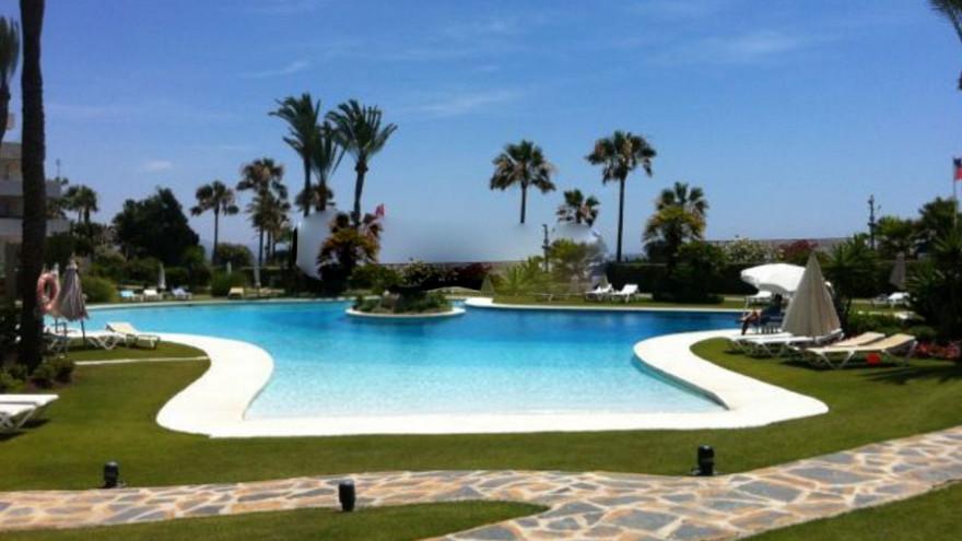 "Apartment located in the prestigious urbanization ""Los Granados de Puerto Banus"". The prop,Spain"