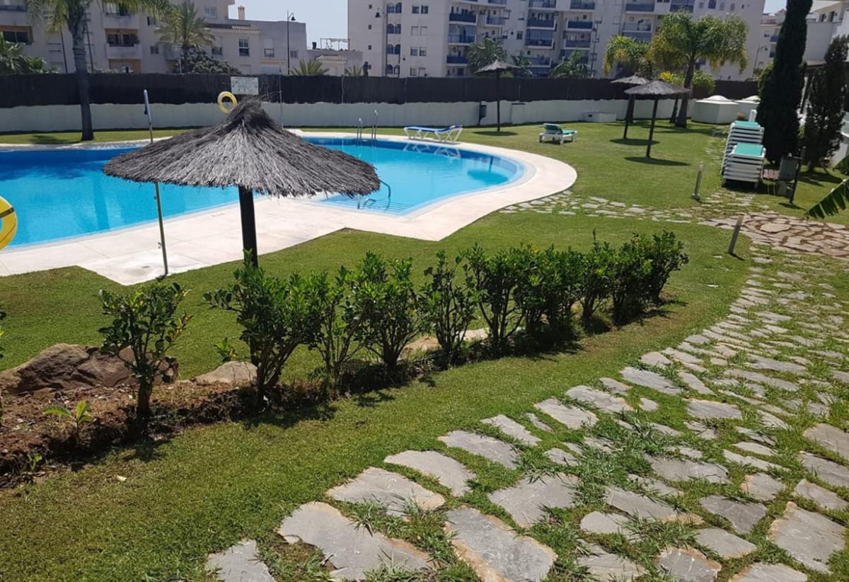 Apartment  Ground Floor for rent  in Estepona
