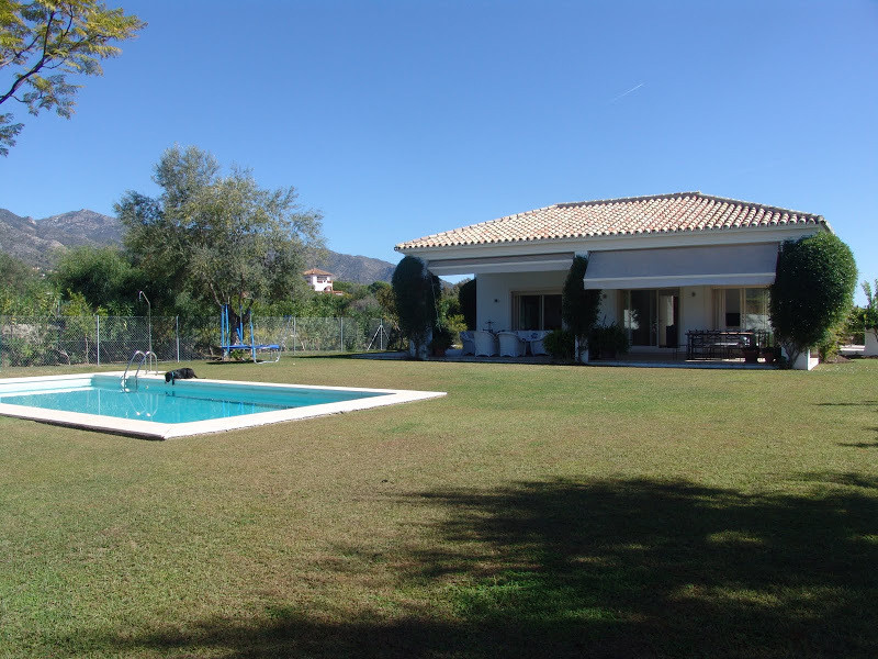 Villa  Detached for sale  and for rent  in Marbella
