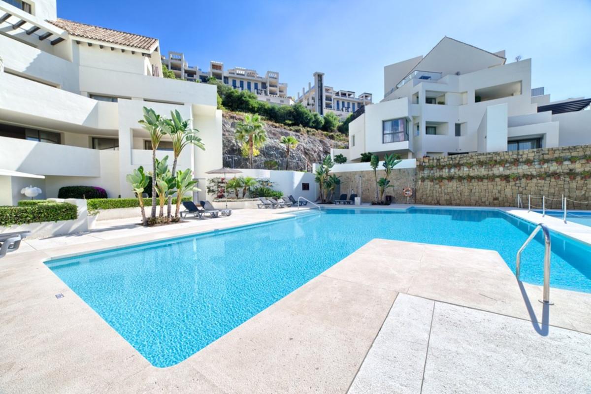 Apartamento Planta Media a la venta en Benahavís