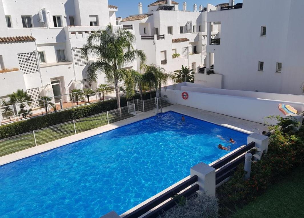 Middle Floor Apartment, Valle Romano, Costa del Sol. 3 Bedrooms, 2 Bathrooms, Built 98 m², ,Spain
