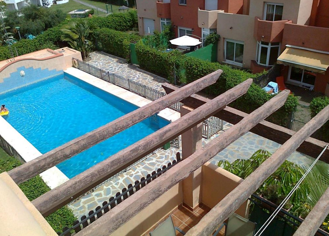 Townhouse, Selwo, Costa del Sol. 3 Bedrooms, 2 Bathrooms, Built 130 m², Terrace 30 m².  Setting : Cl,Spain