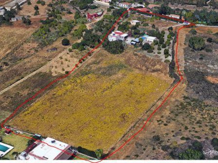 Land, Estepona, Costa del Sol. Garden/Plot 13604 m².  Setting : Country, Close To Sea, Clos,Spain