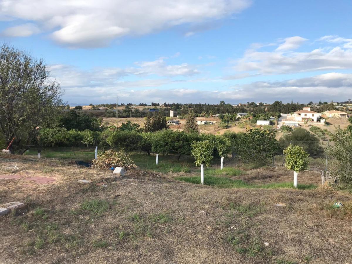 Land, Estepona, Costa del Sol. Garden/Plot 5000 m².  Setting : Town, Country, Village, Close To Shop,Spain