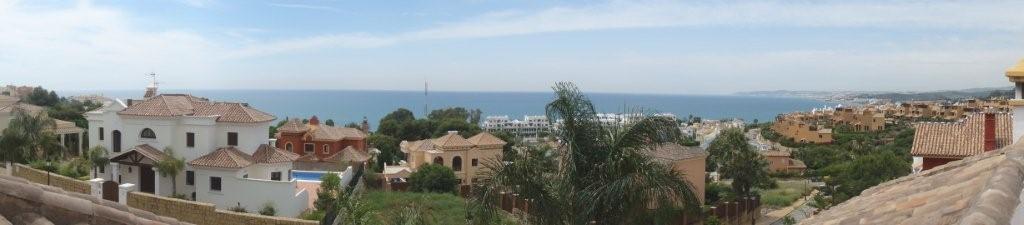 Villa te koop in Estepona R2027033