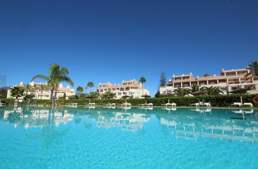 Ground Floor Apartment, Estepona, Costa del Sol. 3 Bedrooms, 2 Bathrooms, Built 110 m², Terrace 30 m,Spain