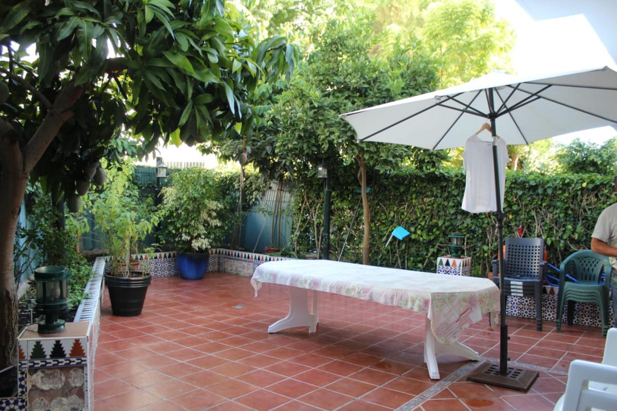 Townhouse, El Padron, Costa del Sol. 5 Bedrooms, 4 Bathrooms, Built 220 m², Terrace 70 m², Garden/Pl,Spain
