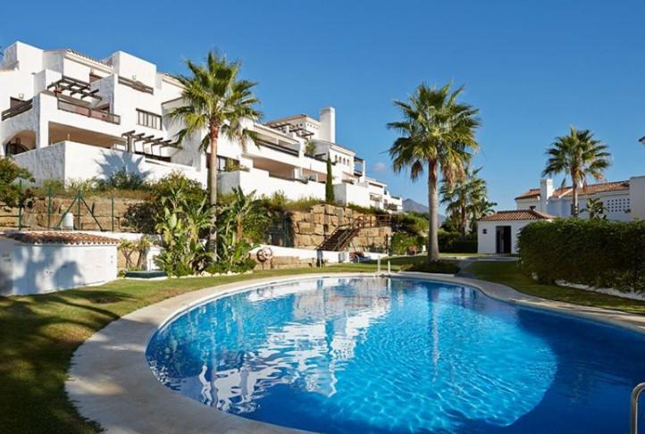 Middle Floor Apartment, Casares, Costa del Sol. 1 Bedroom, 1 Bathroom, Built 81 m², Terrace 19 m².  ,Spain