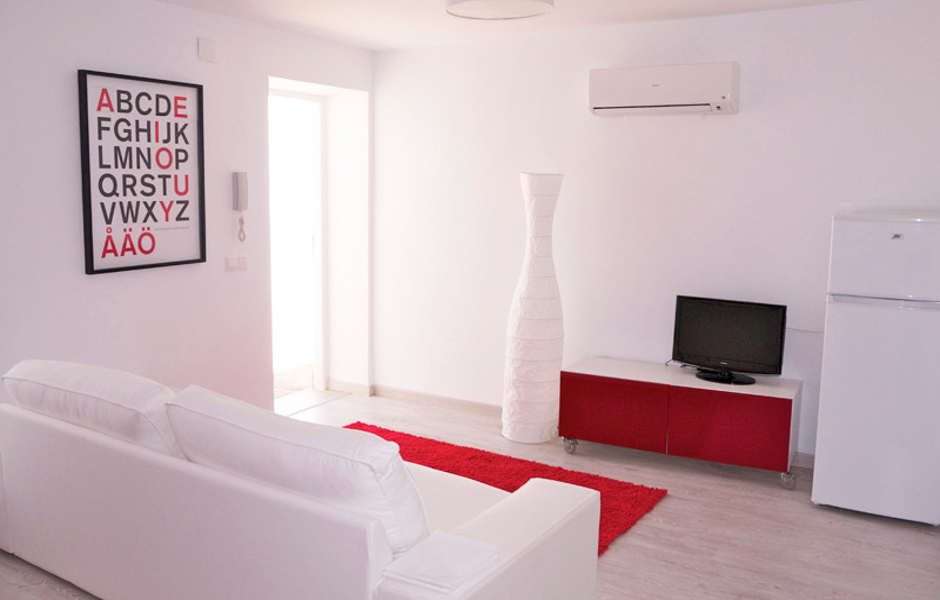 Unifamiliar 8 Dormitorios en Venta Estepona