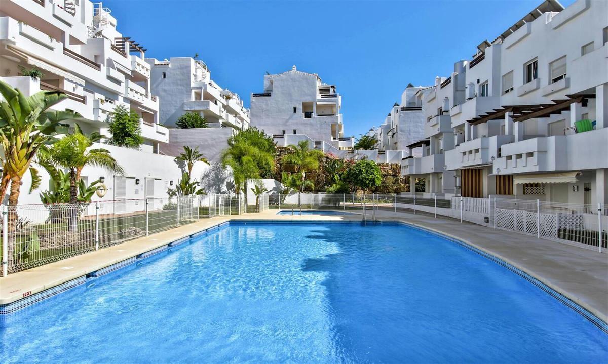 Ground Floor Apartment, Estepona, Costa del Sol. 3 Bedrooms, 2 Bathrooms, Built 98 m², Terrace 35 m²,Spain