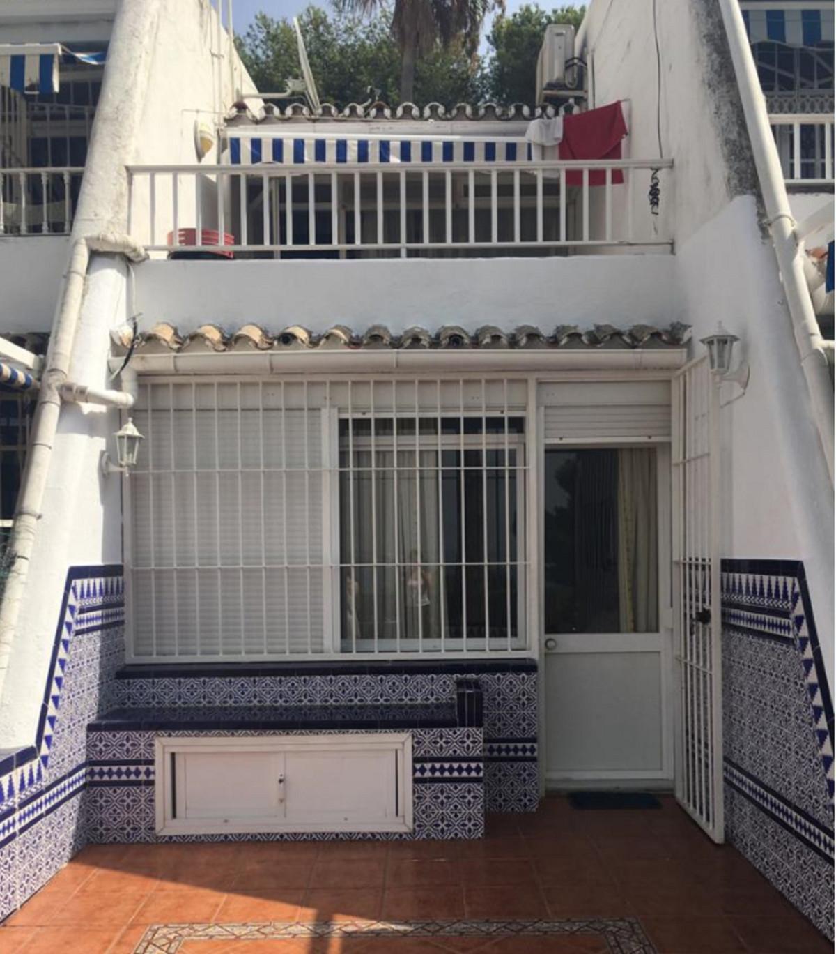 Villa en Venta en Estepona