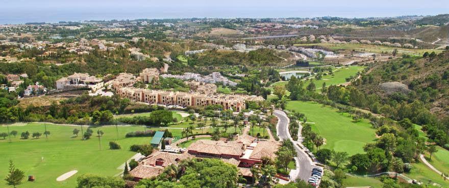 Residential Plot, Benahavis, Costa del Sol. Garden/Plot 119 m². Edif: 28%  Setting : Close To Golf, ,Spain
