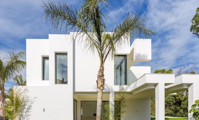 Detached Villa, Guadalmina Baja, Costa del Sol. 4 Bedrooms, 5 Bathrooms, Built 800 m², Garden/Plot 1,Spain